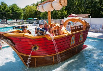 pirate-ship-water-feature